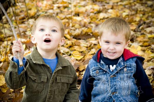Дети-погодки: плюсы и минусы